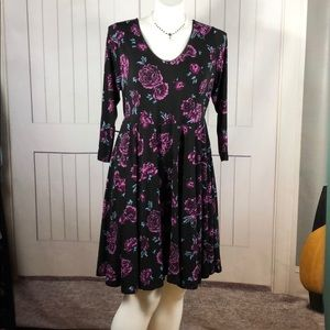 TORRID PURPLE/BLACK FLORAL DRESS PLUS 2